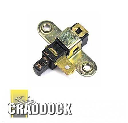 Handbrake Switch 90/110 from LA935630 and Range Rover Classic and Discovery 1 to KA035614