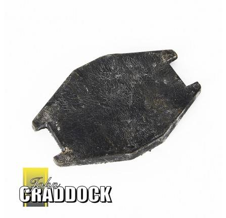 150844: Rubber Pad for Wiper Motor Mounting Rear Range Rover Classic to 1986 and 90/110 to 1A622423. and Series 3