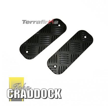 Chequer Plate Bumper Treadplate Pair Kit (Short) Black by Mammouth