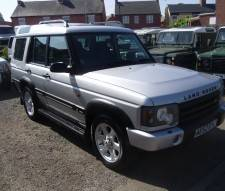 2002 Land Rover Discovery 2.5 Td5 ES in Silver With Black Leather 7 Seater
