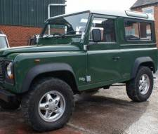 Land Rover 2002 Defender td5 station wagon 6 seater