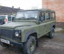 Land Rover 110 Defender 2.5 300 tdi 1998 new galvanized chassis fitted