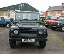 Land Rover 90 Defender 300 TDI County Van 1996 immaculate galvanized chassis